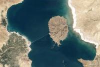 iran lakes